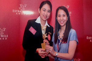 CHANGI AIRPORT EXTRA MILE AWARD – OUTSTANDING SERVICE AWARD 2013-05-15